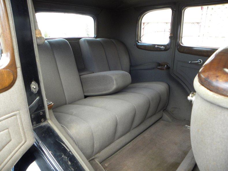 1934 Packard 1100 125