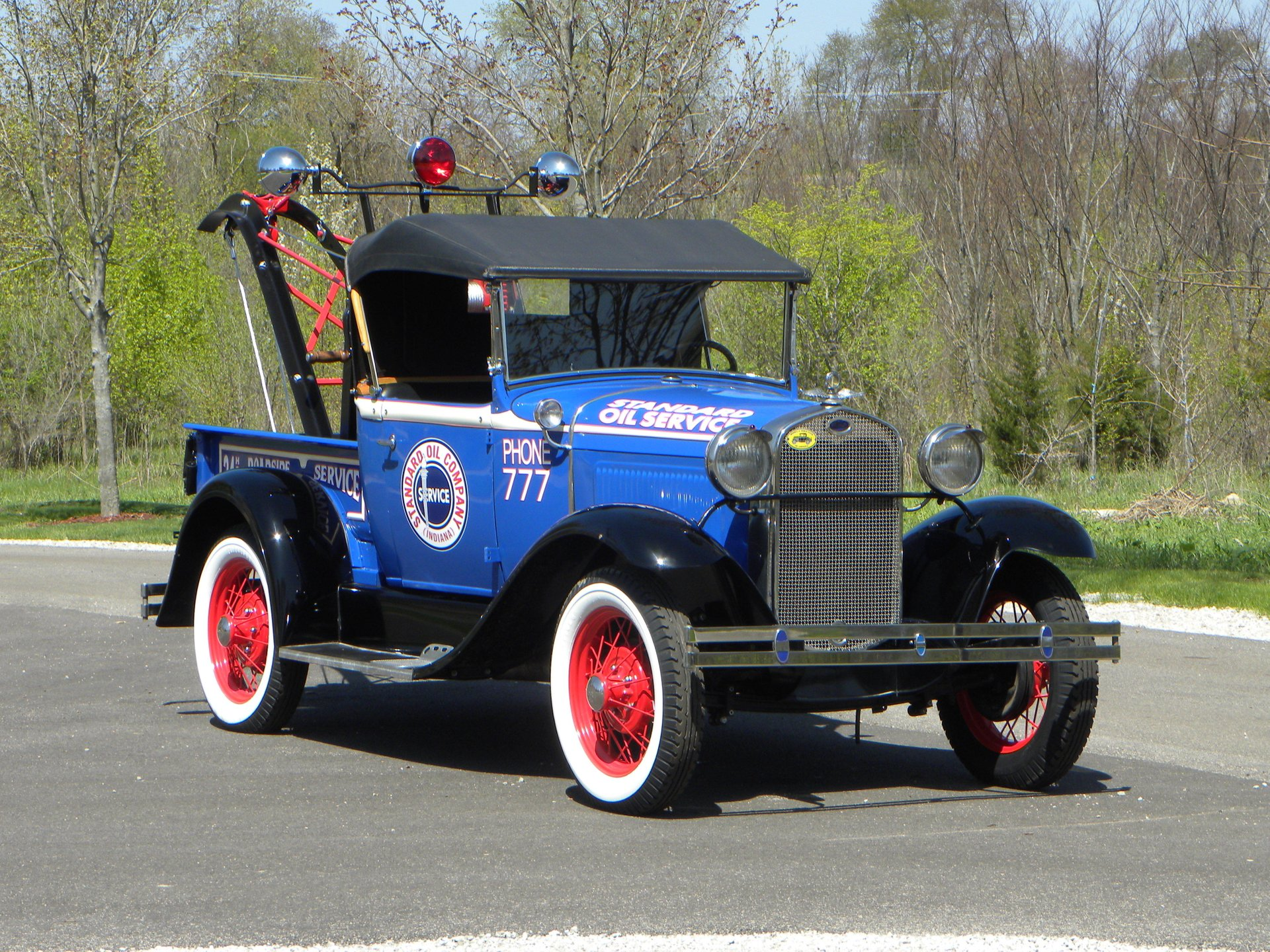 1930 ford model a roadster wrecker