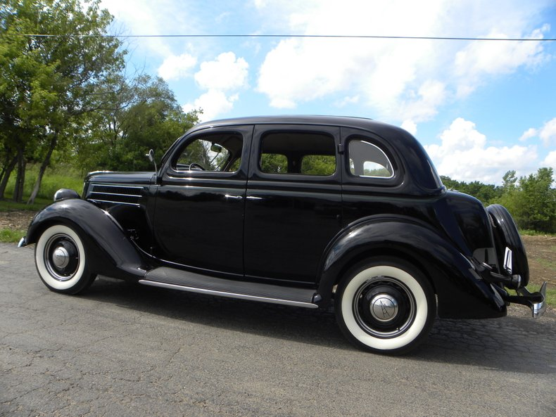 1936 Ford Model 68