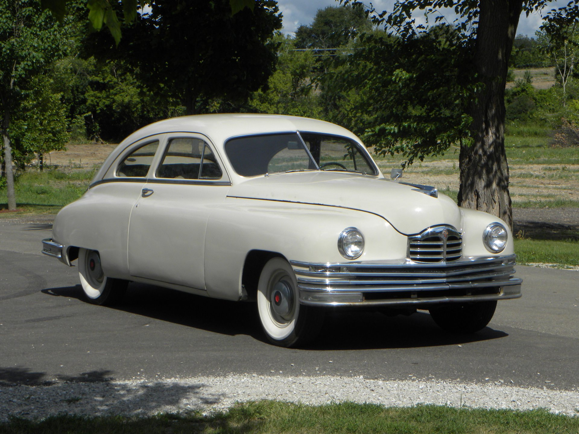 1949 packard standard 8 club sedan