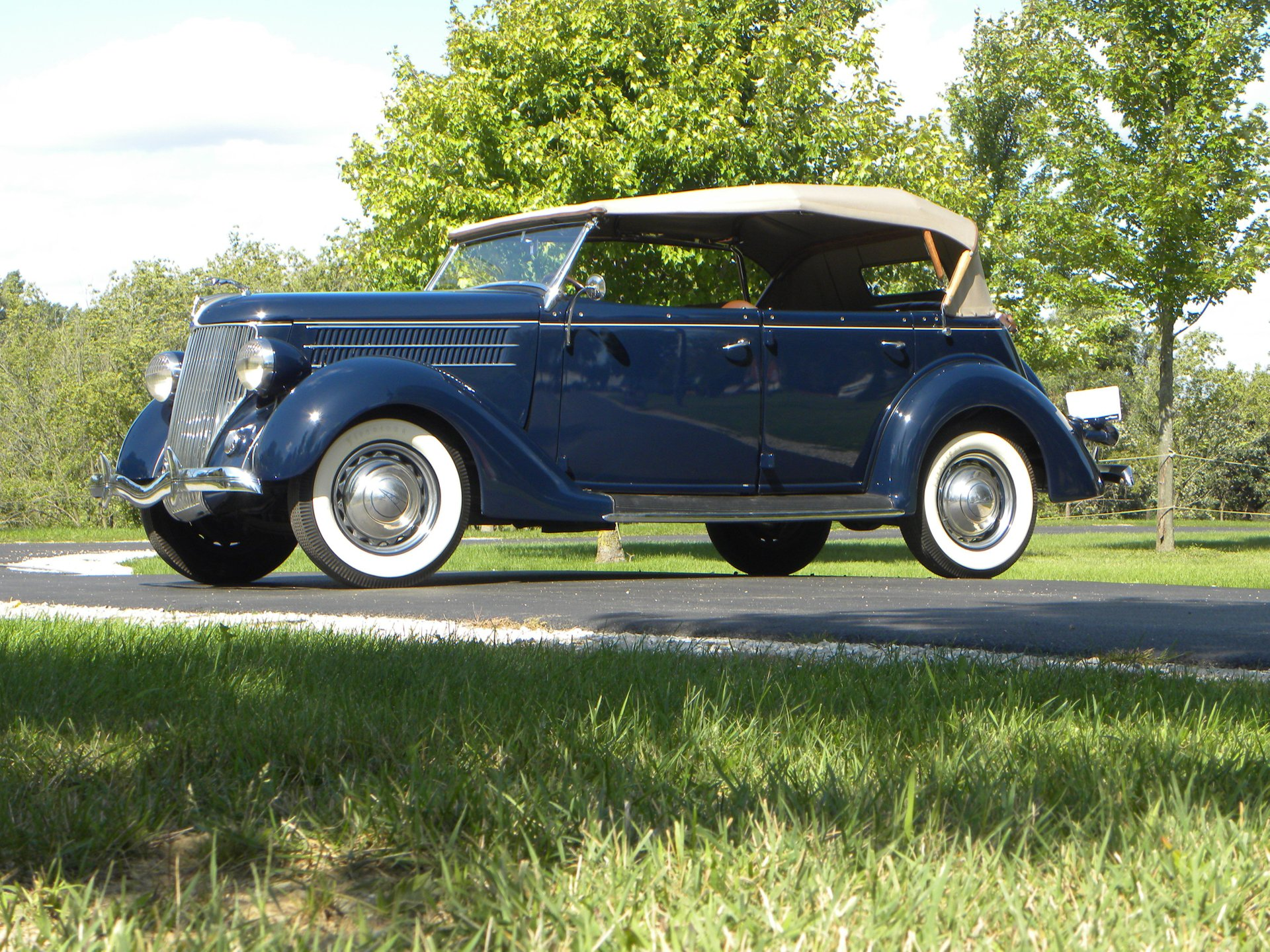 1936 ford model 68 deluxe phaeton