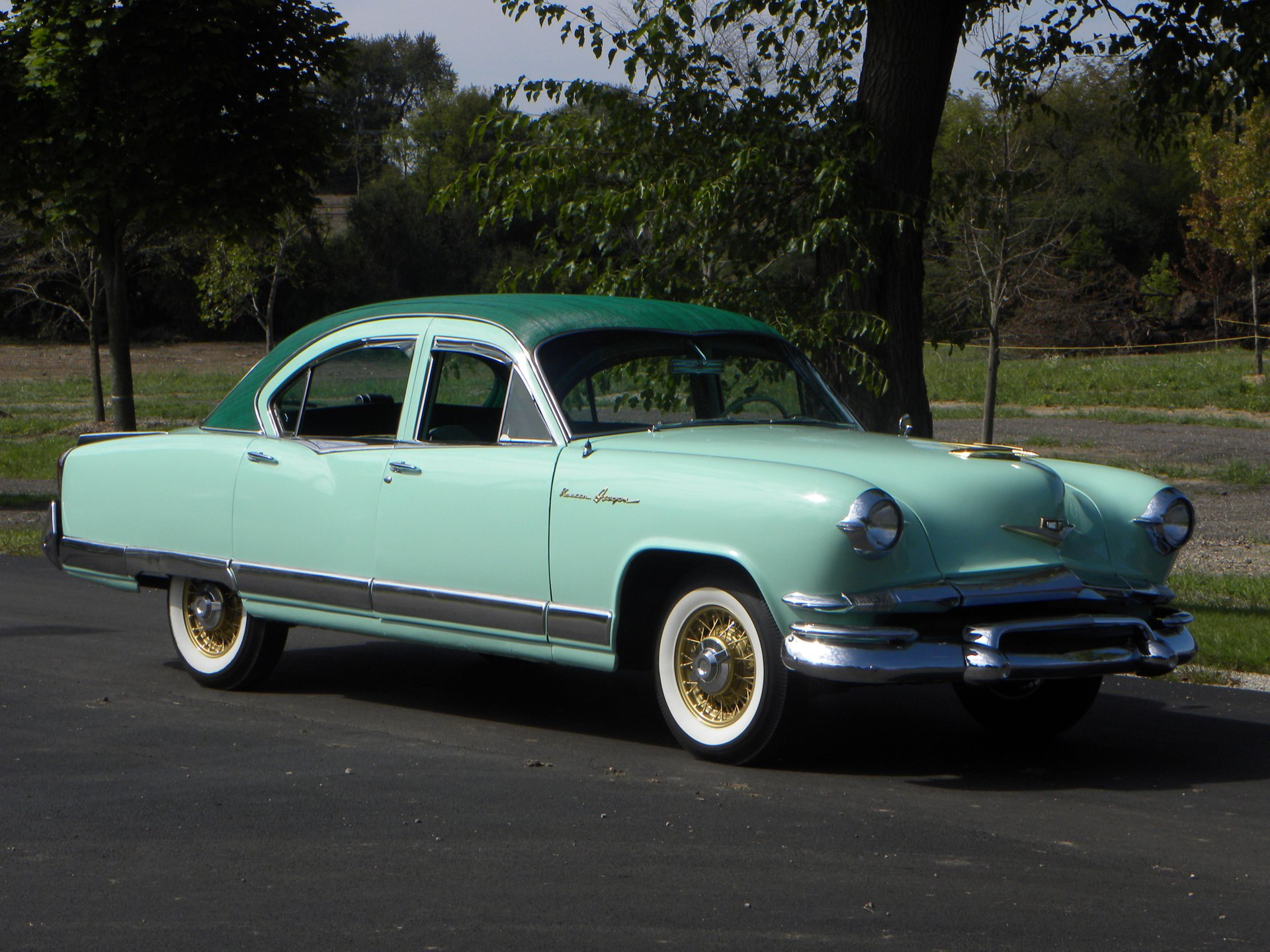 1953 kaiser dragon sedan