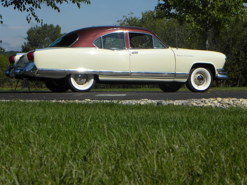 1953 Kaiser Manhattan