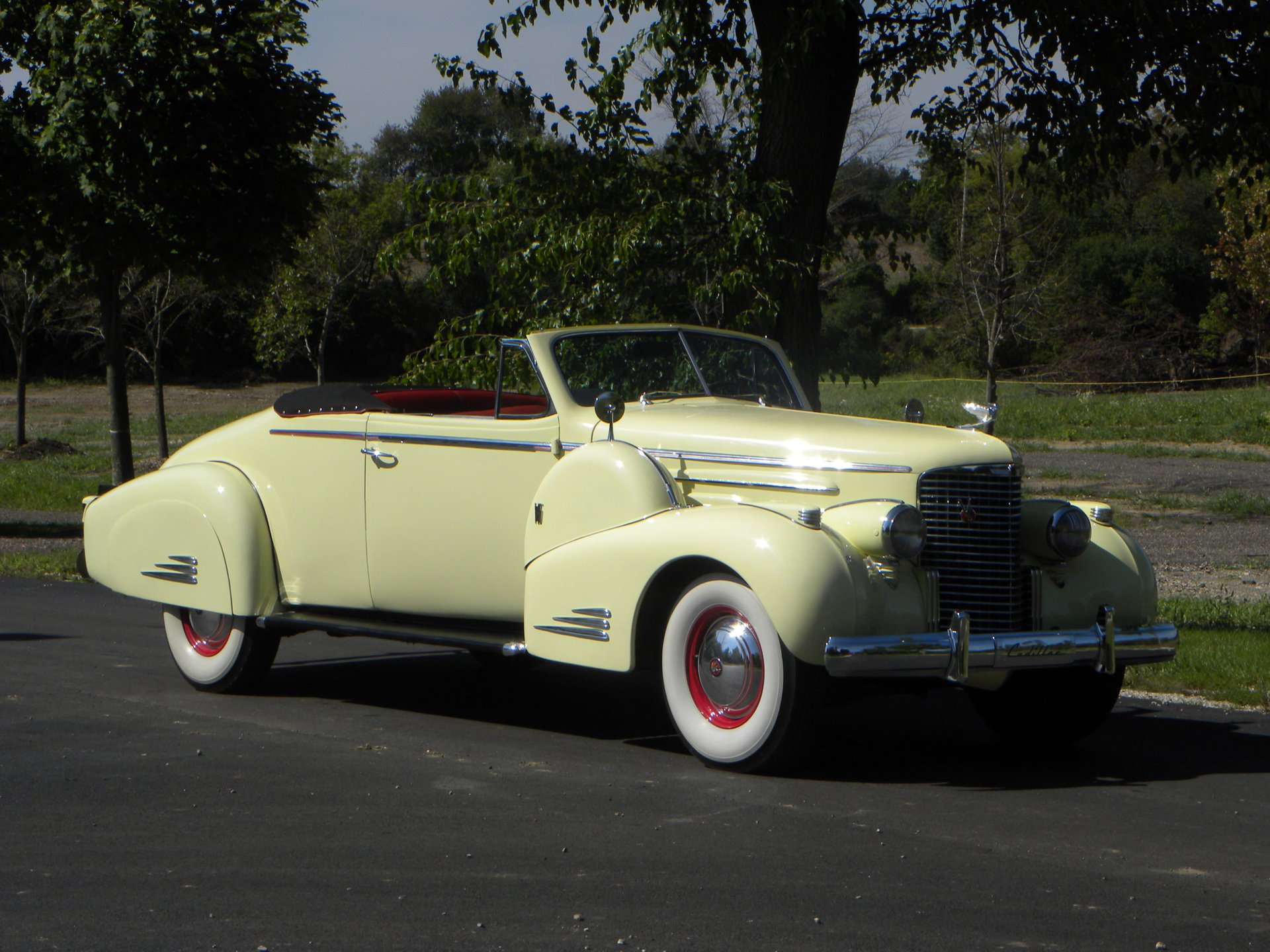 1938 cadillac series 90 convertible coupe