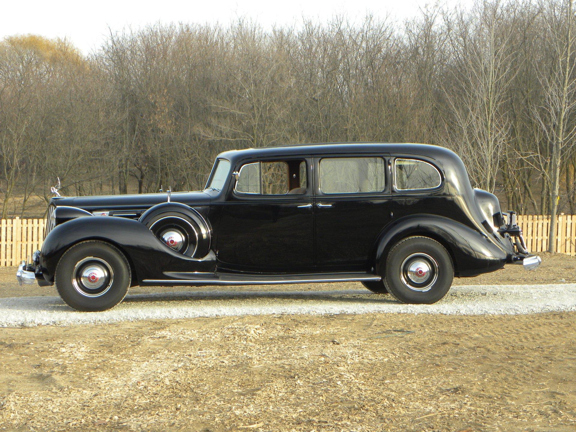 1939 packard 1708 7 passenger formal sedan