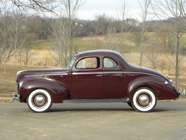 1940 Ford 922-A