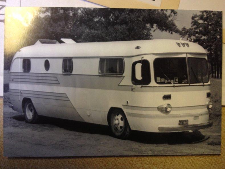 1949 Spartan House-Bus