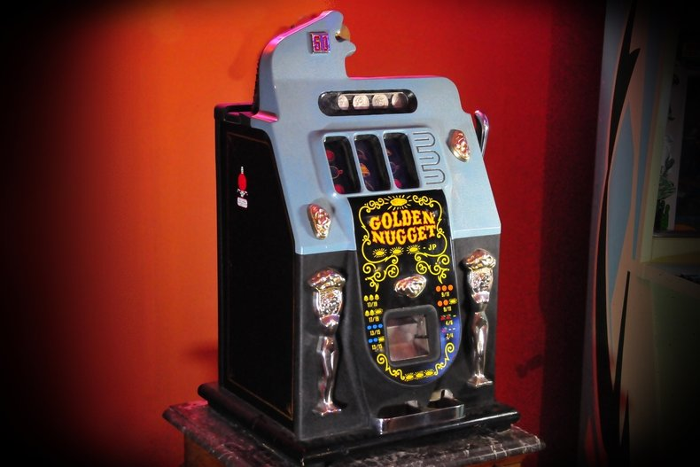 50 Cent Mills Slot Machine, auction Sept. 17th, no-reserve, on-line
