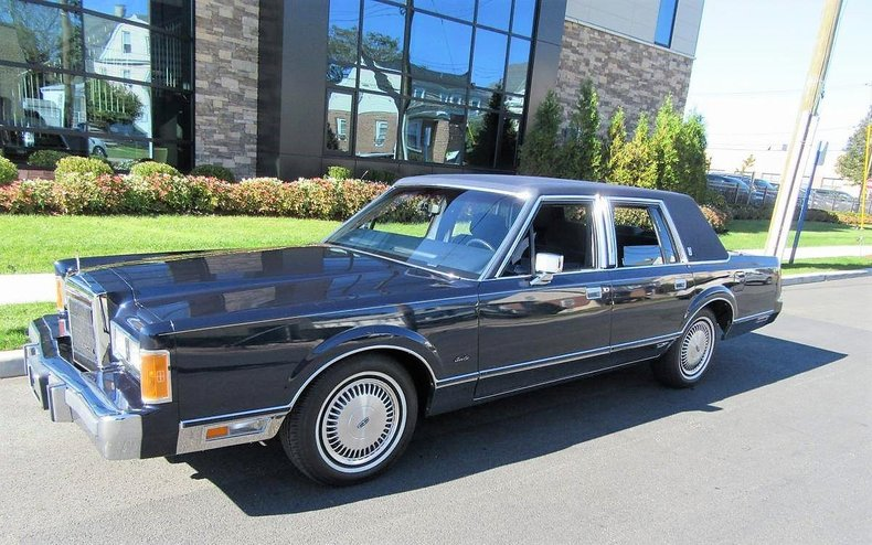 1989 Lincoln Town Car Signature Series 26k Miles For Sale 106542