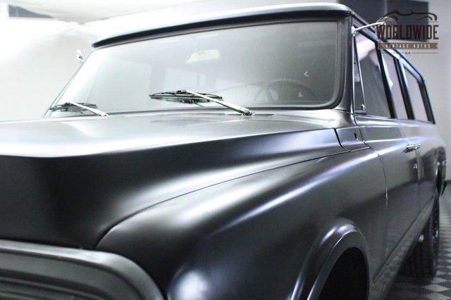 1971 Chevrolet Suburban Restomod!