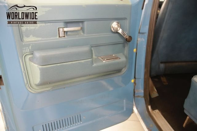 1974 GMC Suburban