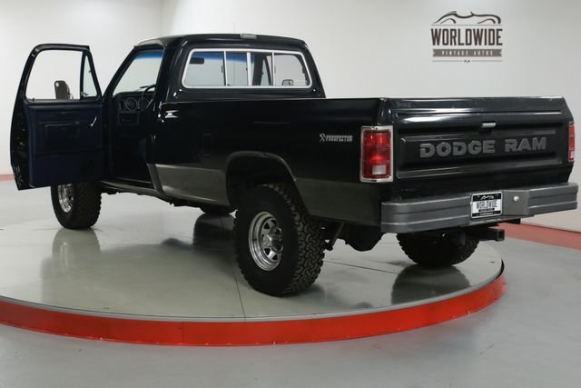 1986 Dodge Power Ram