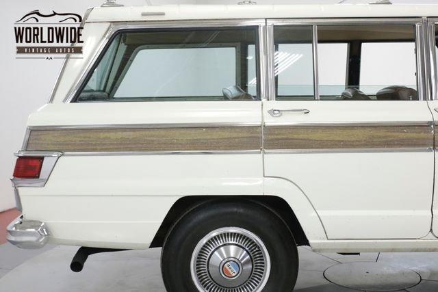 1976 Jeep Wagoneer