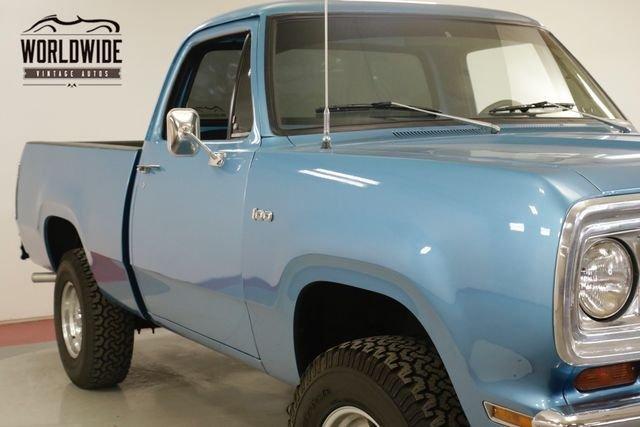 1974 Dodge Power Wagon