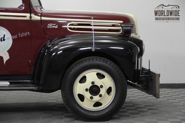 1942 Ford Tow Truck