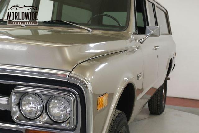 1972 GMC Suburban