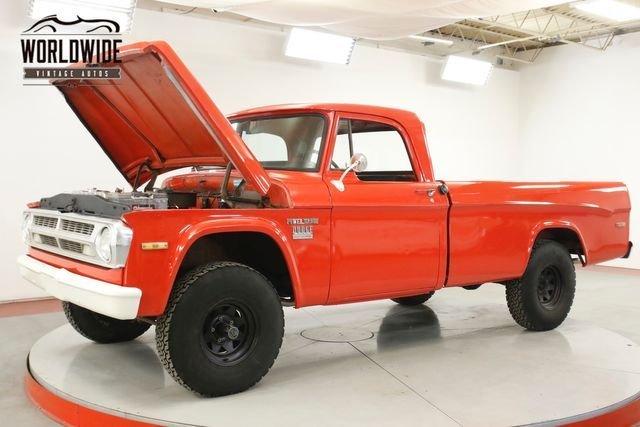1971 Dodge Power Wagon