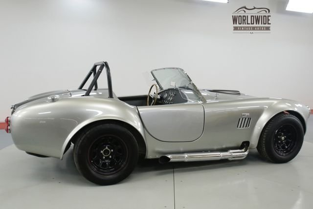 1965 Ford Cobra Replica