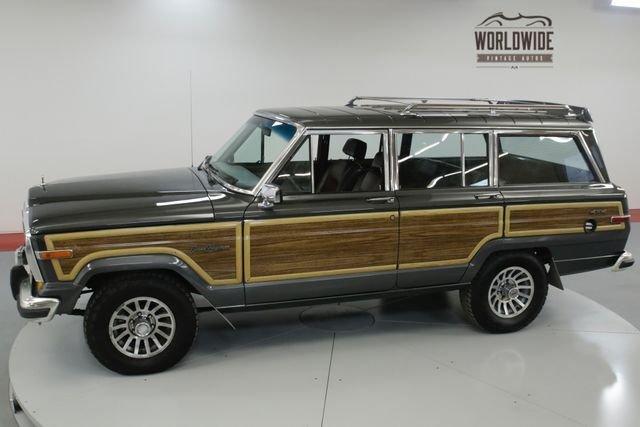 1987 Jeep Grand Wangoneer