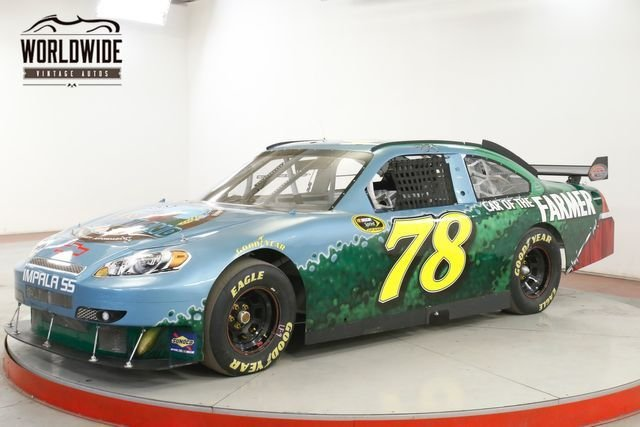 2011 Nascar Sprint Cup Race Car