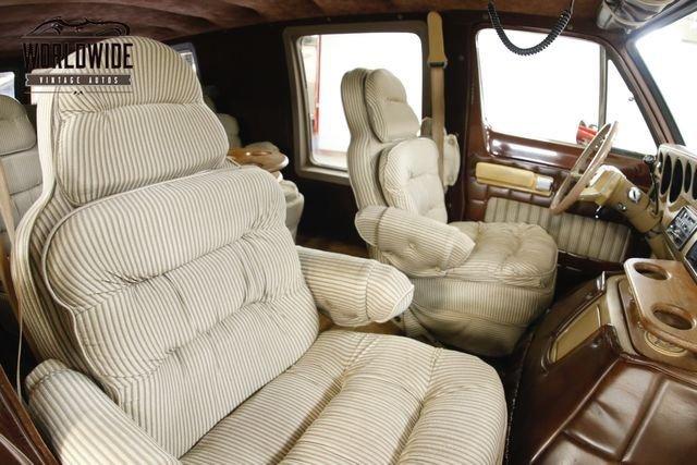 1982 Dodge Van