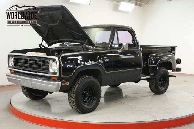 1977 Dodge Power Wagon