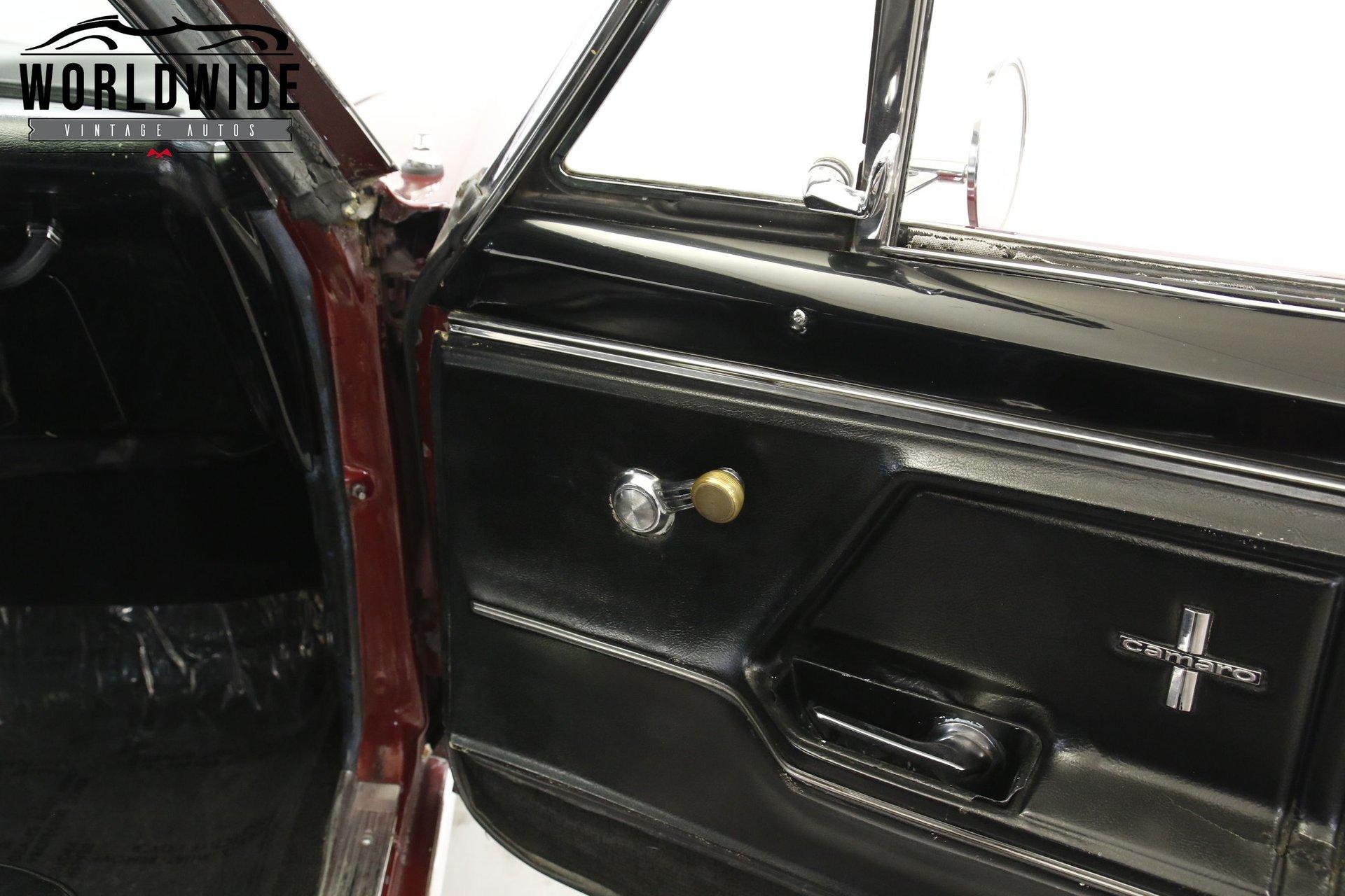 1967 Chevrolet Camaro RS/SS Clone