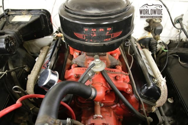 1955 Ford Victoria