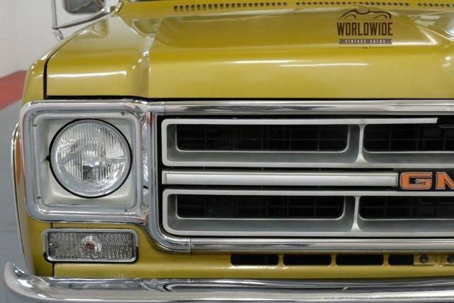 1976 GMC Suburban