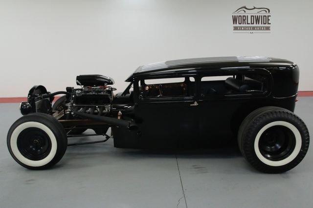 1929 Ford 2 Door Custom