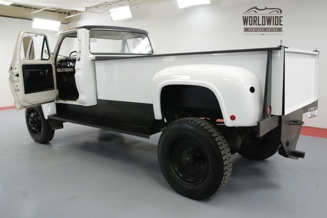 1976 Ford F600