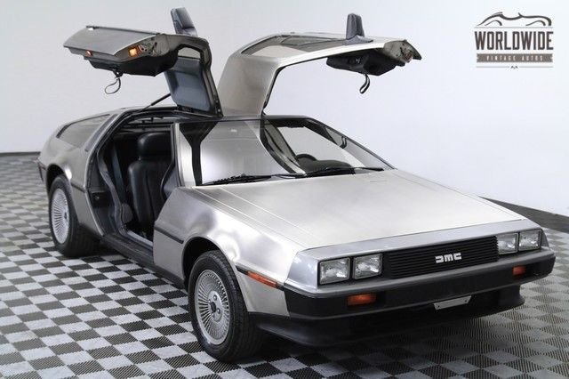 1981 dmc delorean 22 000 orig miles 2 owner