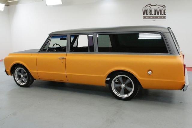 1971 Chevrolet Suburban