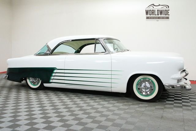1953 Ford Crown Victoria