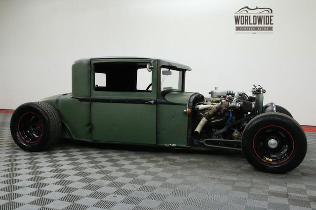 1928 Plymouth Coupe