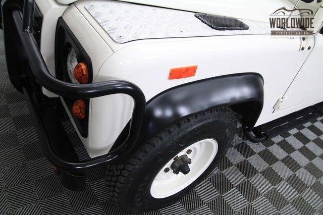 1993 Land Rover Defender 110 (Vip) #222/500, 39,700 Original Miles