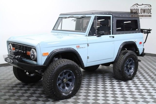 1975 ford bronco fuel injected 302 v8 newer paint