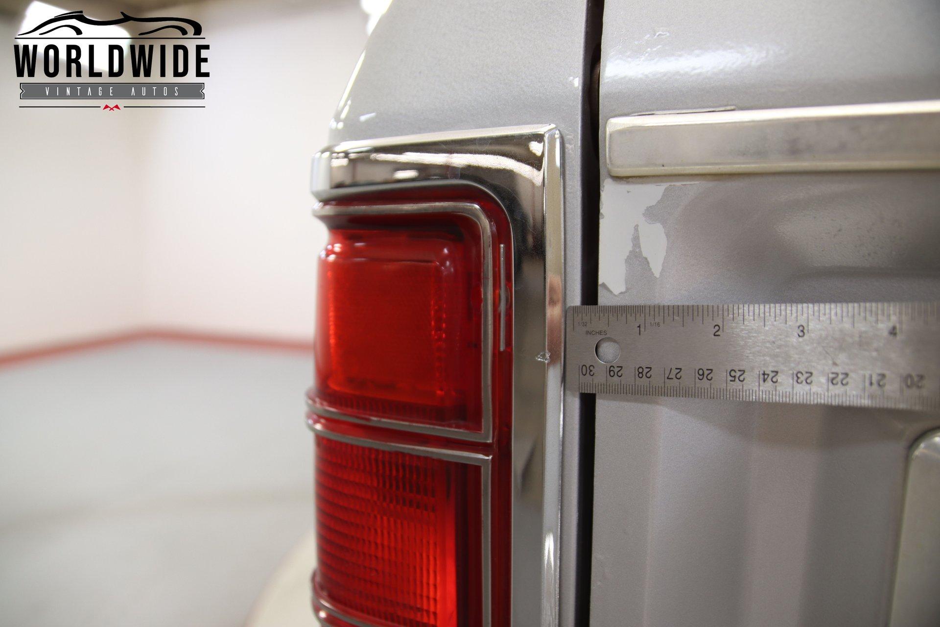 1989 Dodge Power Wagon