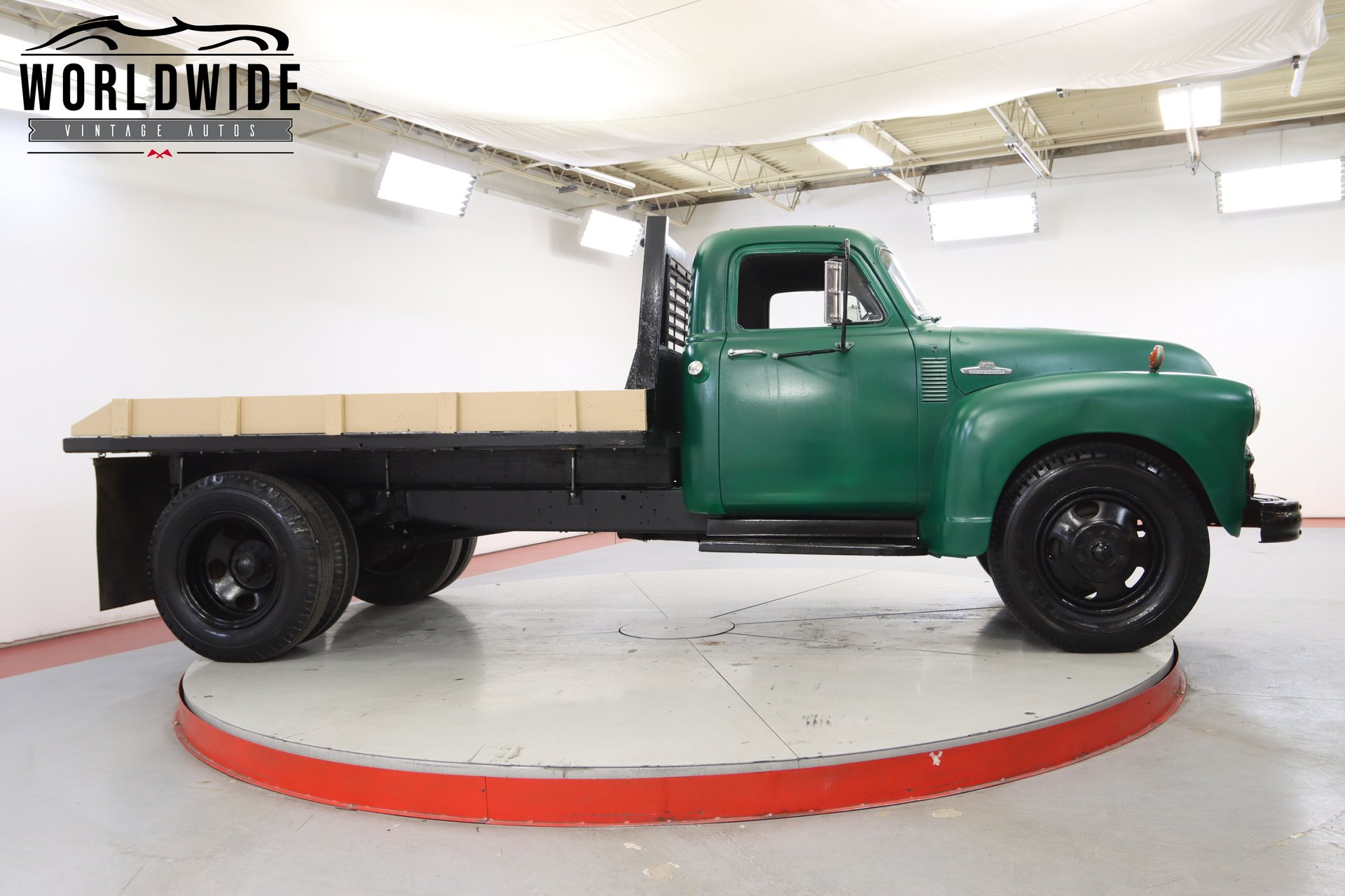 1955 CHEVY 6400
