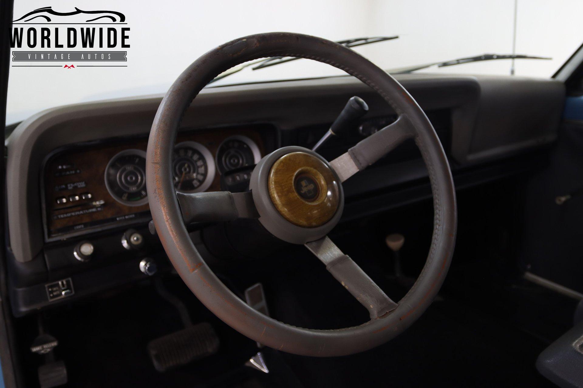 1973 Jeep Wagoneer