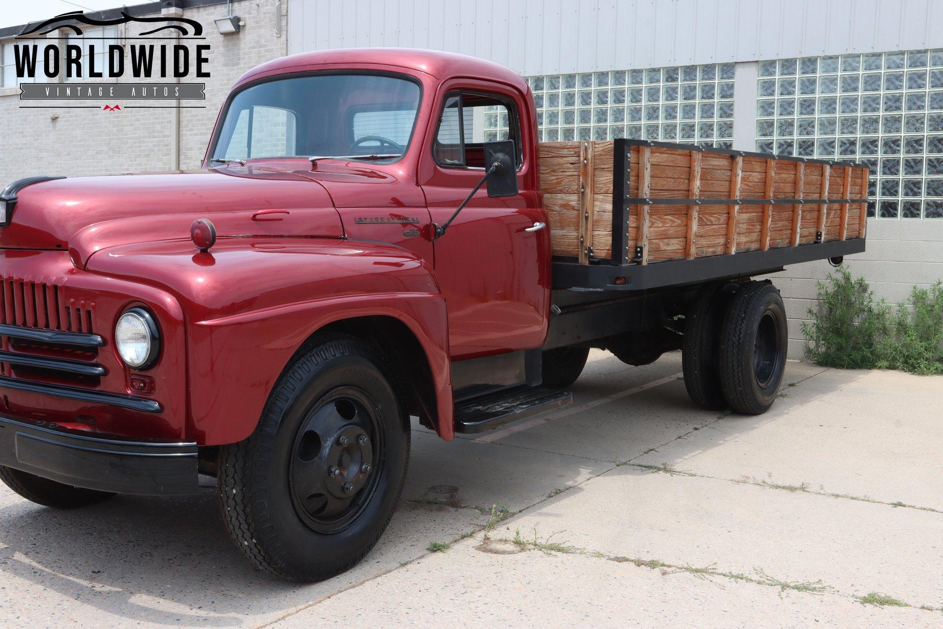 1951 International L-160 Series