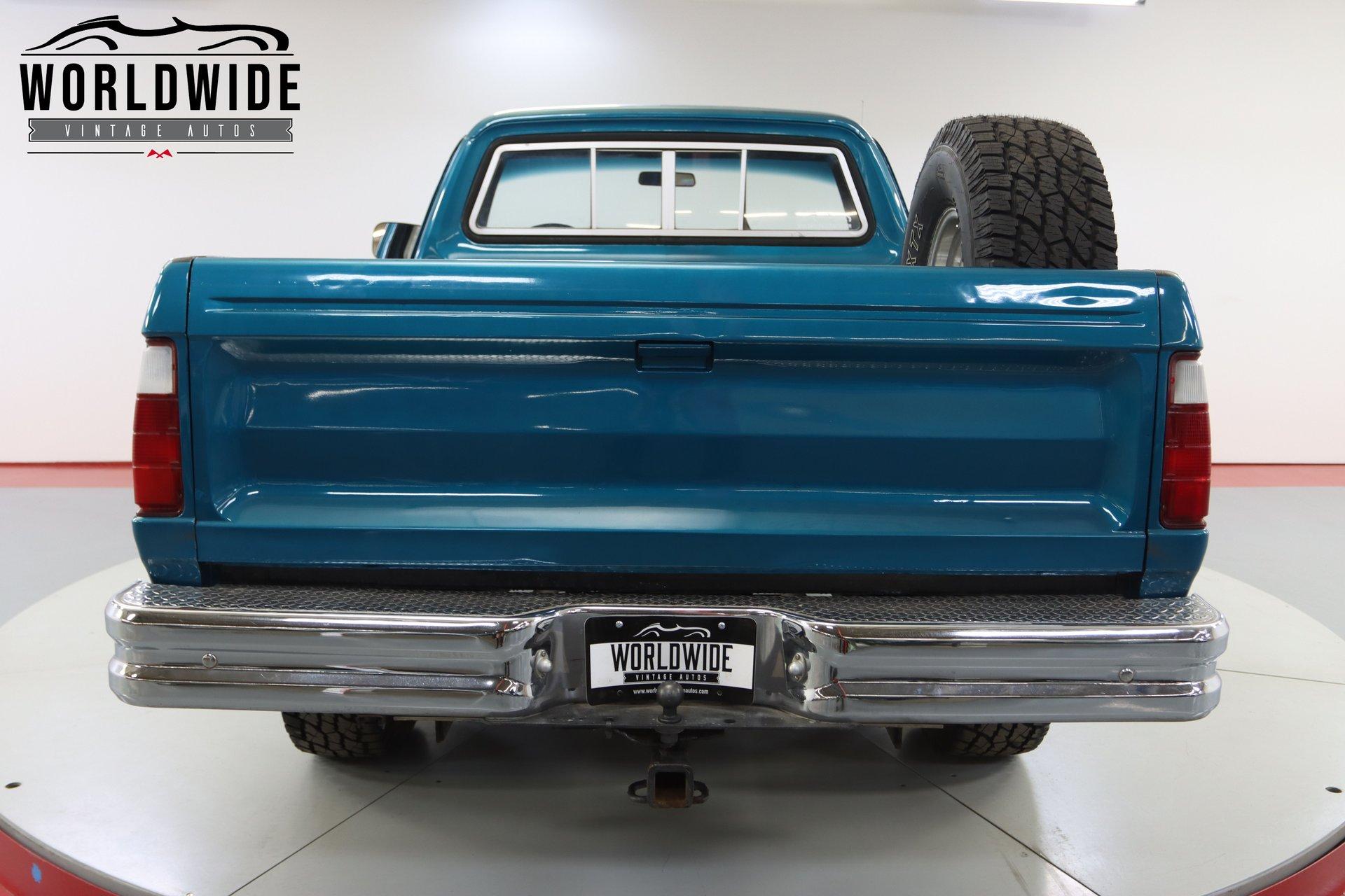 1975 Dodge W100