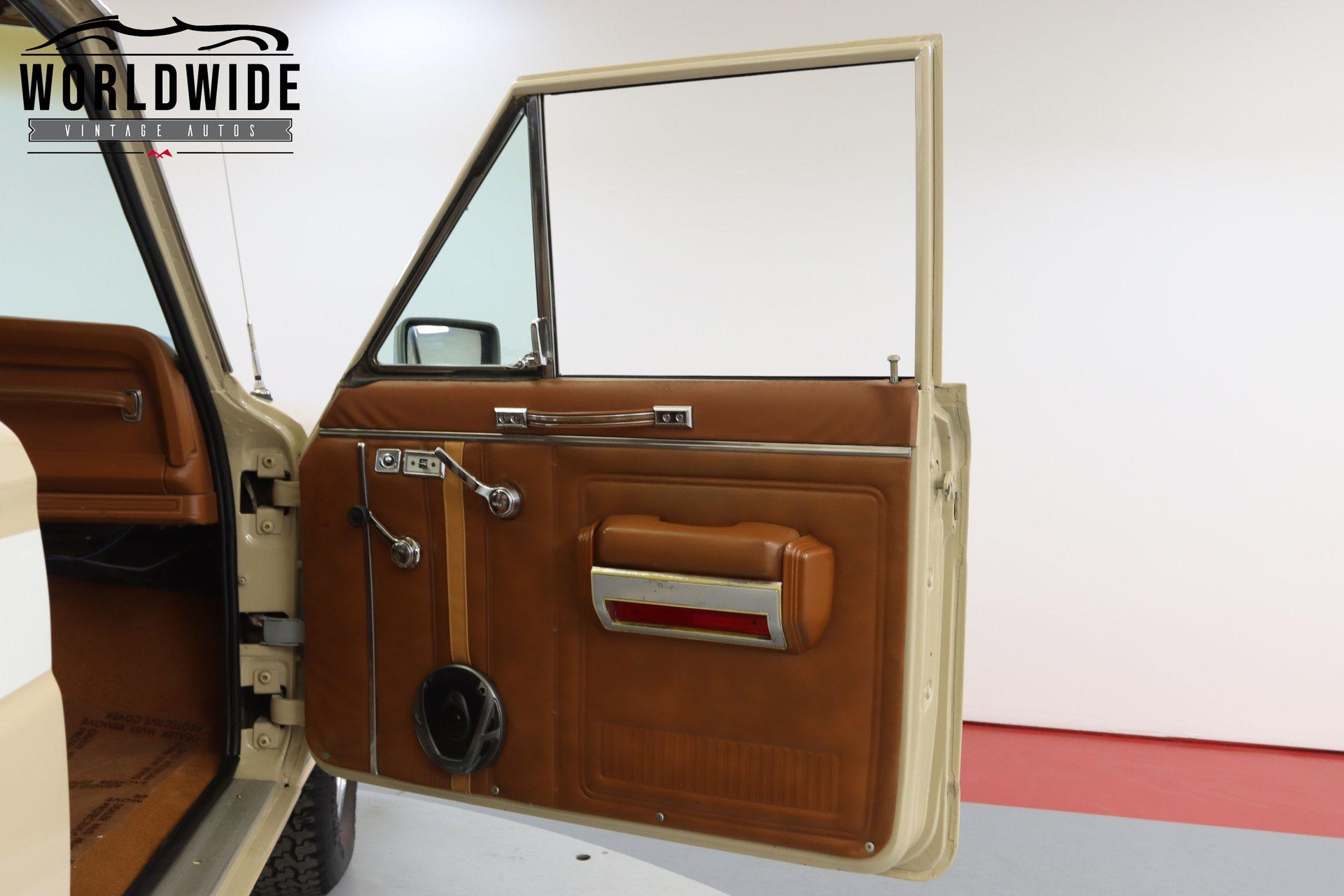 1981 Jeep CHEROKEE LAREDO