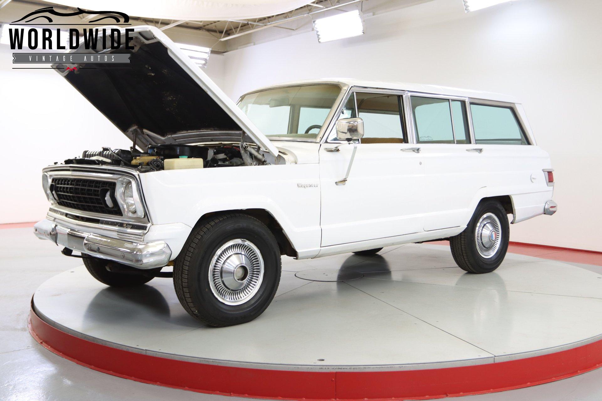 1974 Jeep Wagoneer