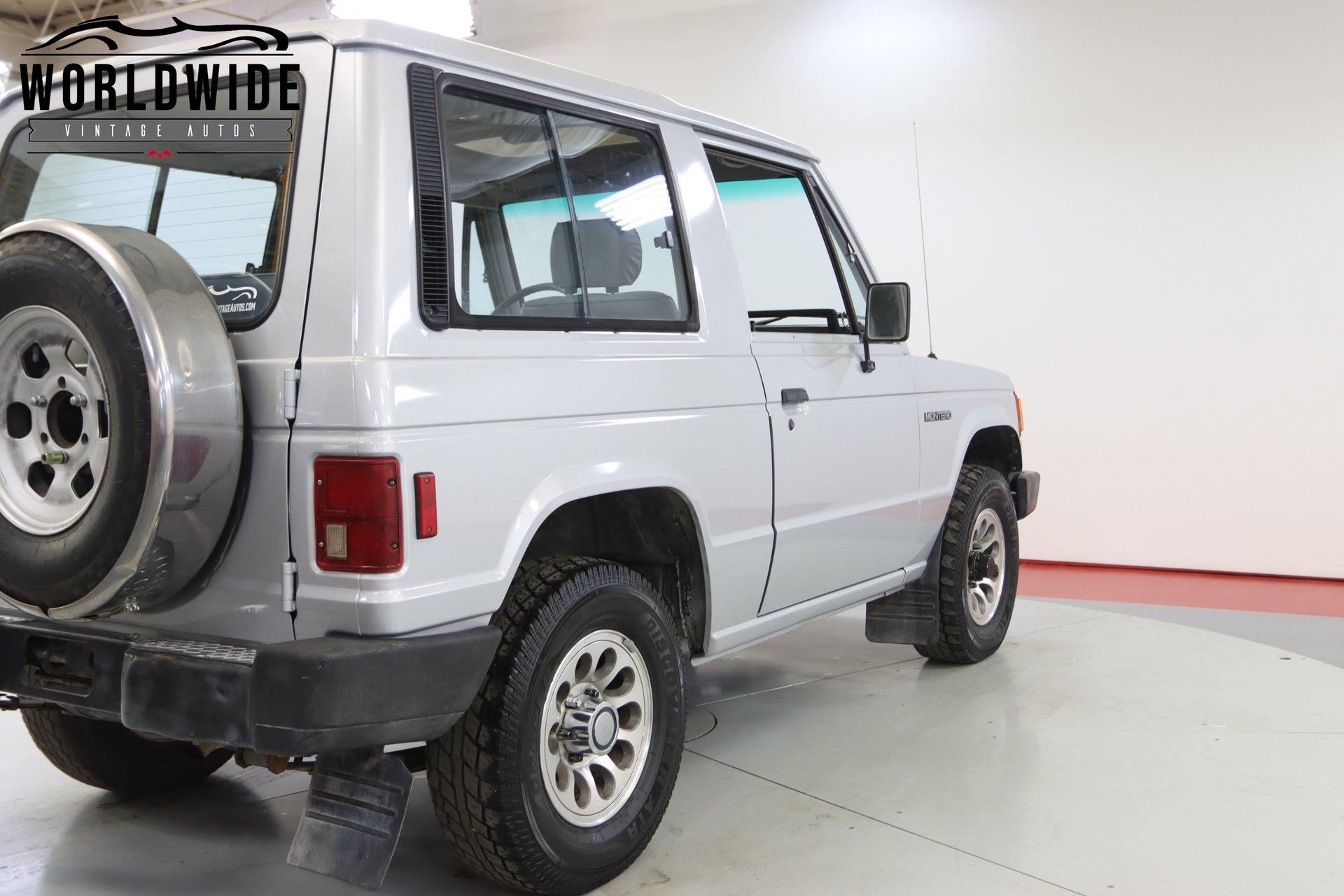 1988 Mitsubishi Montero
