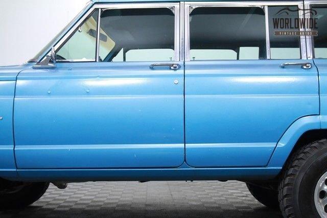 1975 Jeep Wagoneer