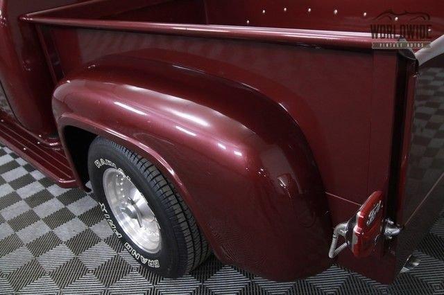 1953 Ford Ac. Ps. Pb. Four Wheel Disc!