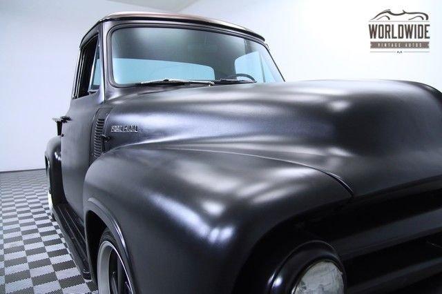1954 Ford F100 Street Rod