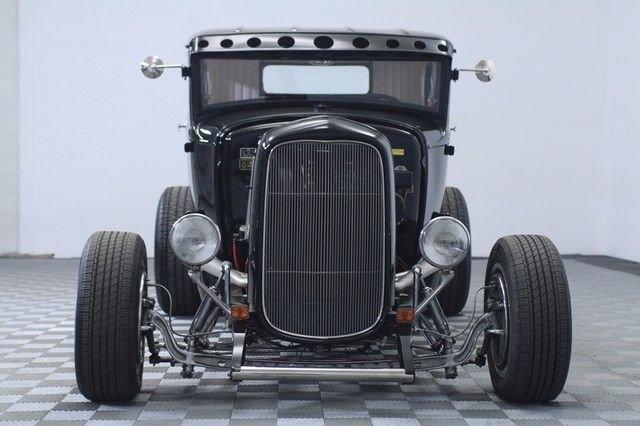 1931 Ford 5 Window Coupe Street Rod