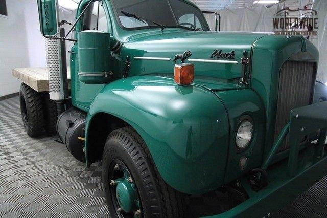 1959 Mack B61T